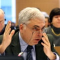 Adrian Severin a ramas fara imunitate, i se cere demisia din PE - Vezi reactii