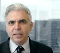 Adrian Severin cere demisa purtatorului de cuvant al CE