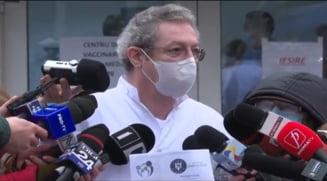 Adrian Streinu Cercel, dupa ce s-a vaccinat anticoronavirus: Vaccinul este superb. Fetele au mana usoara