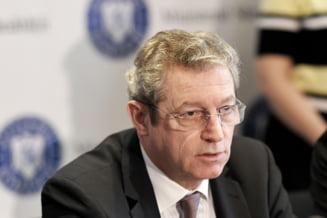Adrian Streinu-Cercel a fost demis de la sefia comisiei anti-COVID din Ministerul Sanatatii