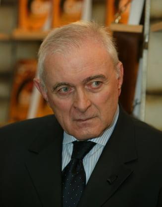 Adrian Vasilescu: Am pierdut vremea cautand prin lume un model. Desi avem unul romanesc