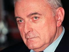 Adrian Vasilescu: Scaderea TVA nu e posibila, ci obligatorie