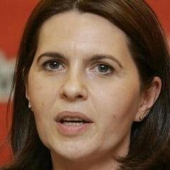 Adriana Saftoiu: Alegerile inca se castiga cu sacosa si plicul