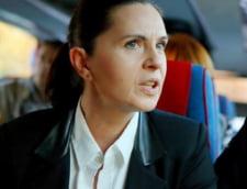 Adriana Saftoiu, deputat PNL: Nu merg la referendum, boicotul este tot o atitudine civica. Eu si copilul meu nu suntem o familie?