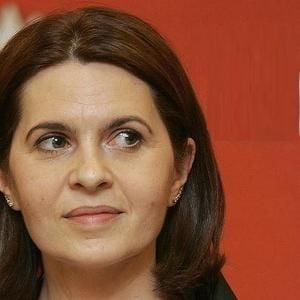 Adriana Saftoiu, la TV Ziare.com: Manualele scolare sunt depasite