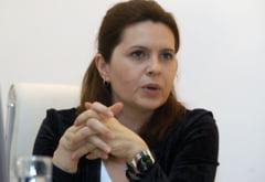 """Adriana Saftoiu explica de ce nu e traseista si vorbeste despre notiunea de """"traseist-jurnalist"""""""
