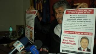 """Afise PDL despre """"chiulangii USL"""" - Voinescu: Poate vor bonus sa vina"""