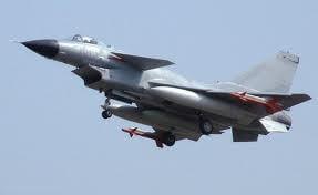 Afise cu avioane de lupta chinezesti, pentru o sarbatoare a armatei ruse