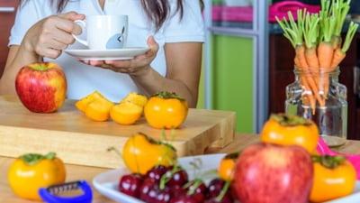 Află cum și când trebuie să consumi fructele proaspete