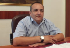 "Aflat in centrul unui scandal in PSD, primarul comunei Ghimpati, CONSTANTIN CARAPANCEANU, isi apara punctul de vedere: ""Cu riscul de a fi exclus din partid, voi continua sa imi sustin ideile!"""