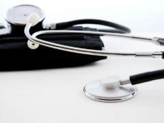 Aglomeratie la cabinetele medicilor de familie pentru adeverinte scolare si avize medicale