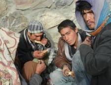 Agonia din Afganistan, tara cu cei mai multi dependenti de droguri din lume