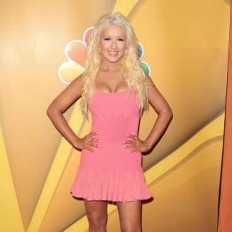 Aguilera a slabit 22 de kilograme - cat cantareste in prezent