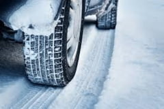 Ai nevoie de anvelope de iarna? Iata cateva sfaturi dupa care sa te ghidezi