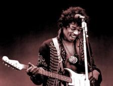 Album tribut Jimi Hendrix, semnat de Santana si Eric Clapton