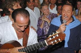 Albumul lui Berlusconi cu cantece de dragoste, un esec total. Vezi ce contine (Video)