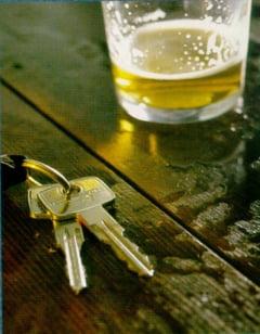Alcoolul la volan: la unii permis, la altii interzis
