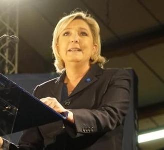 Alegeri in Franta: Le Pen incearca sa obtina puncte spunand ca Macron nu poate sa-i apere pe francezi de terorism