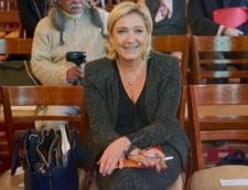 Alegeri in Franta: Sediul de campanie al lui Le Pen a fost atacat cu cocteiluri Molotov