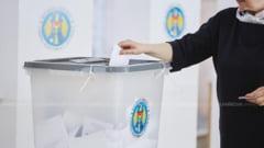 Alegeri in Republica Moldova: Cozi la sectiile de votare in Transnistria, unde s-ar da bani pentru voturi. Fortele ruse, pregatite sa intervina