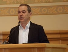 Alegeri in USR. Vlad Alexandrescu: Romania a fost ingenuncheata si violata. Sa nu devenim ca ceilalti!