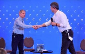 Alegeri interne pentru presedintia USR PLUS: Dacian Ciolos a castigat primul tur in fata lui Dan Barna.