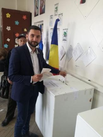 Liderul #REZIST Piatra Neamţ s-a autosuspendat din PACT  |Andrei Carabelea