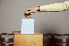 Alegeri locale 2020. Prezenta la urne cu o ora inainte de incheierea procesului de votare: 44,50% la nivel national, iar in Bucuresti este 38,42%