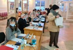 Alegeri parlamentare 2020. Cozi la sectiile de votare din Chisinau. Se asteapta pana la jumatate de ora
