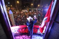 Alegerile din Peru nu au inca un castigator oficial. Candidatul stangii radicale pretinde victoria