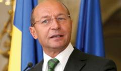 Alegerile parlamentare, vazute din Maroc: Basescu, singur impotriva tuturor