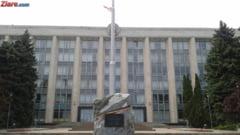 Alegerile parlamentare din Moldova se amana pana in februarie. Opozitia acuza un calcul banditesc