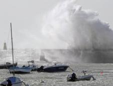Alerta cod rosu de inundatii in Franta