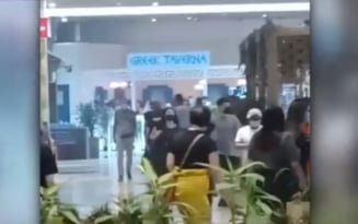 Alerta de incendiu la mall-ul Baneasa Shopping City din Capitala. Toti clientii au fost evacuati VIDEO