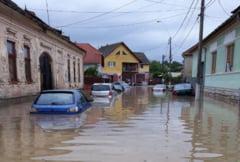 Alerta de la INMH. Cod portocaliu de inundatii in bazine hidrografice din trei judete, pana la ora 22:00