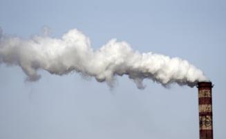 Alerta de poluare: Record absolut in 2012 la emisiile de carbon din industria energetica