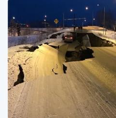 Alerta de tsunami si strazi crapate, dupa un cutremur devastator in Alaska (Galerie foto&video)