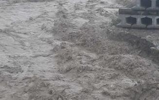 Alerta de viitura pe raul Ialomita. A fost emis cod portocaliu