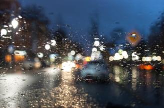 Alerta de vreme rea in cea mai mare parte din tara. Vor fi ploi torentiale si vijelii
