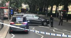 Alerta la Londra: O masina a intrat in barierele de la Parlamentul britanic. Exista mai multe victime