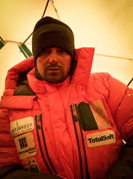 Alex Gavan, alpinistul roman cu misiuni inalte: Everest si Dhaulagiri, fara oxigen suplimentar si serpasi