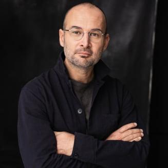 """Alexander Nanau, regizorul filmului Colectiv, refuza Medalia """"Meritul Cultural"""" conferita de Klaus Iohannis: """"Cred ca este cel mai cinic moment"""""""