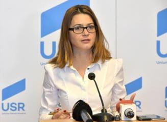 Alianta PSD-ALDE a respins toate propunerile USR privind un mai bun control al banilor primiti de partide si cheltuiti in campania electorala