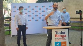 """Alianta USR PLUS si-a prezentat candidatii pentru Consiliul Judetean. Tudor Benga: """"Vrem ca Brasovul sa recastige terenul pierdut in fata Clujului, Iasiului, Timisului"""""""