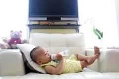 Alimentatia copilului cu lapte praf - cand trebuie suplimentata alaptarea naturala si de ce?