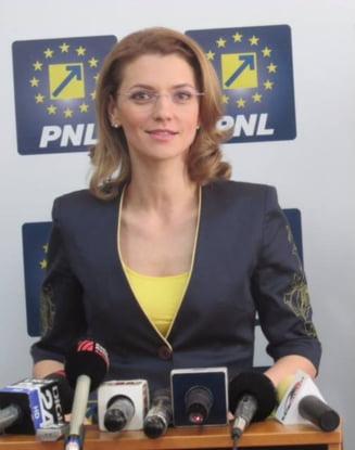 Alina Gorghiu: Daca maine ar incepe urmarirea penala impotriva mea, voi pleca din PNL (Video)