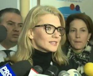 Alina Gorghiu: Fac apel la tineri sa isi ia iubitele si parintii si sa iasa la vot