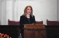 Alina Gorghiu: Il rog pe presedintele CCR sa explice cand un guvern isi poate angaja raspunderea