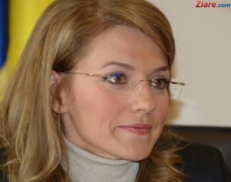 Alina Gorghiu, despre excluderea lui Chiuariu, negocieri cu Geoana si legea Big Brother: Putem sa recunoastem cand gresim Interviu video