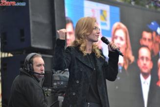 """Alina Gorghiu, despre o posibila intrare a lui Basescu in PNL si Ponta, """"lupul in straie de bunicuta"""""""
